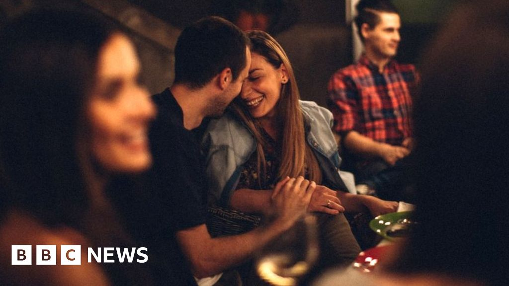 When does flirting become sexual harassment? - BBC News