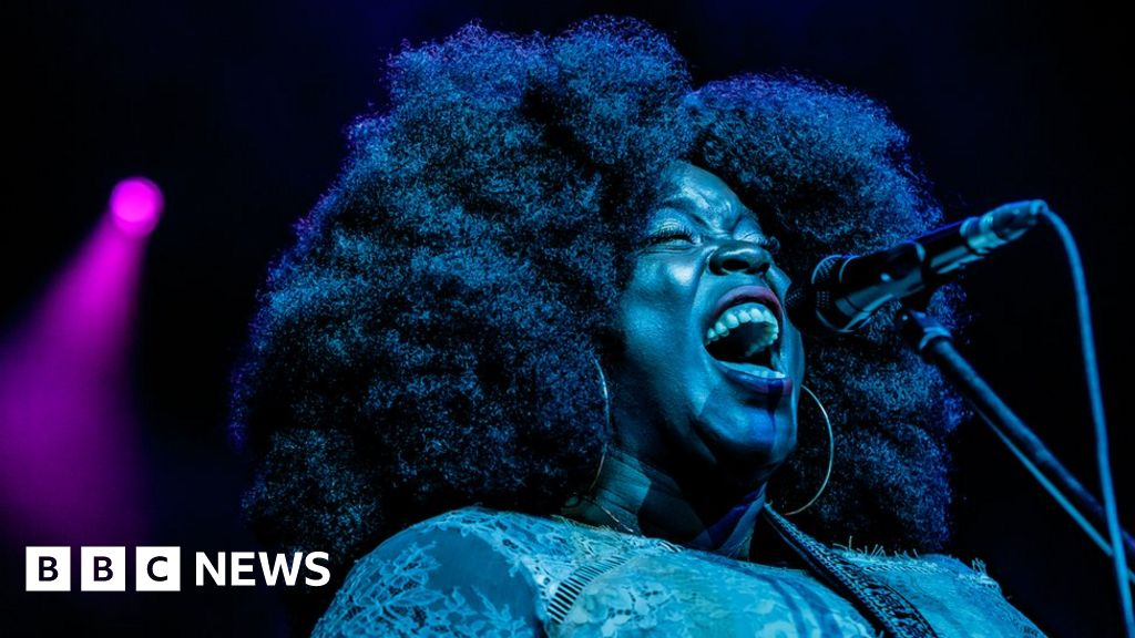 Yola: From 'house screamer' to four-time Grammy nominee