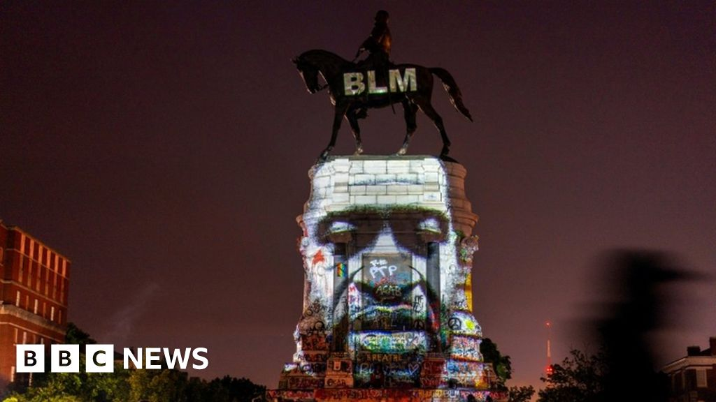 Trump orders statues be shielded from 'mob rule' thumbnail