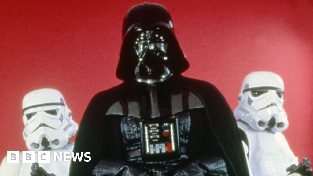 Star Wars: Empire Strikes Back script sells for £23k