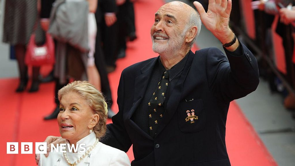 Sean Connery: Dementia 'took its toll' on the late James Bond star
