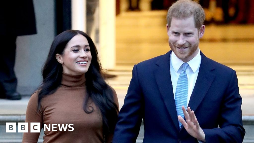 Harry and Meghan to step back as senior royals thumbnail