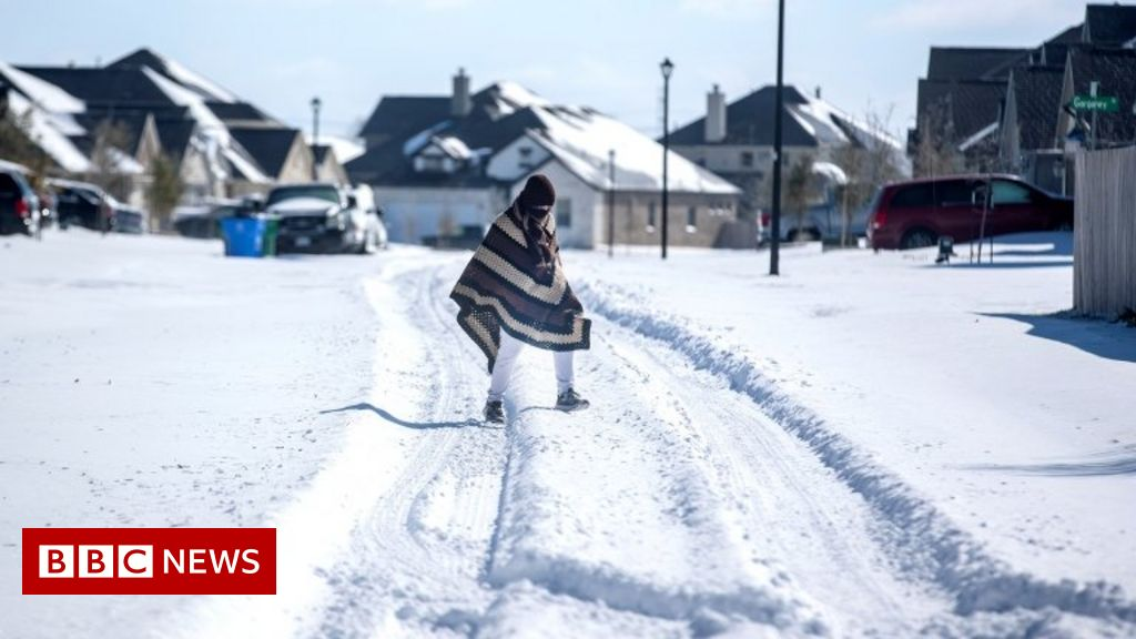 Texas weather: Deadly winter storm sweeps Texas and US southern states -  BBC News