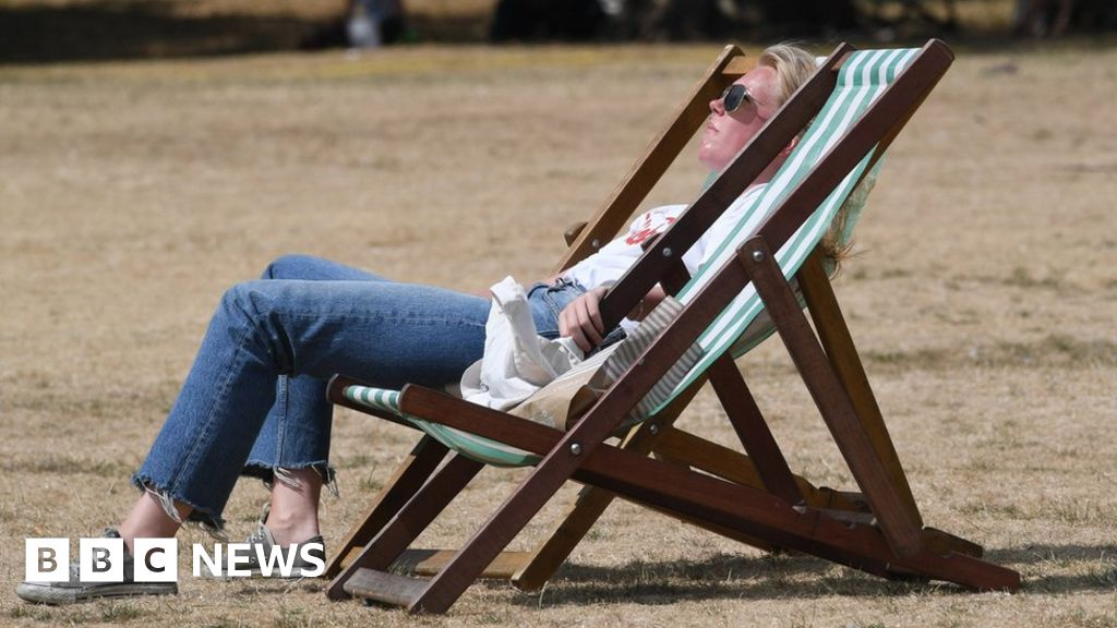 Met Office: Last decade 'second hottest in 100 years'