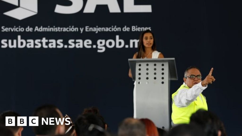 Mexico auctions drug lords' luxury properties thumbnail
