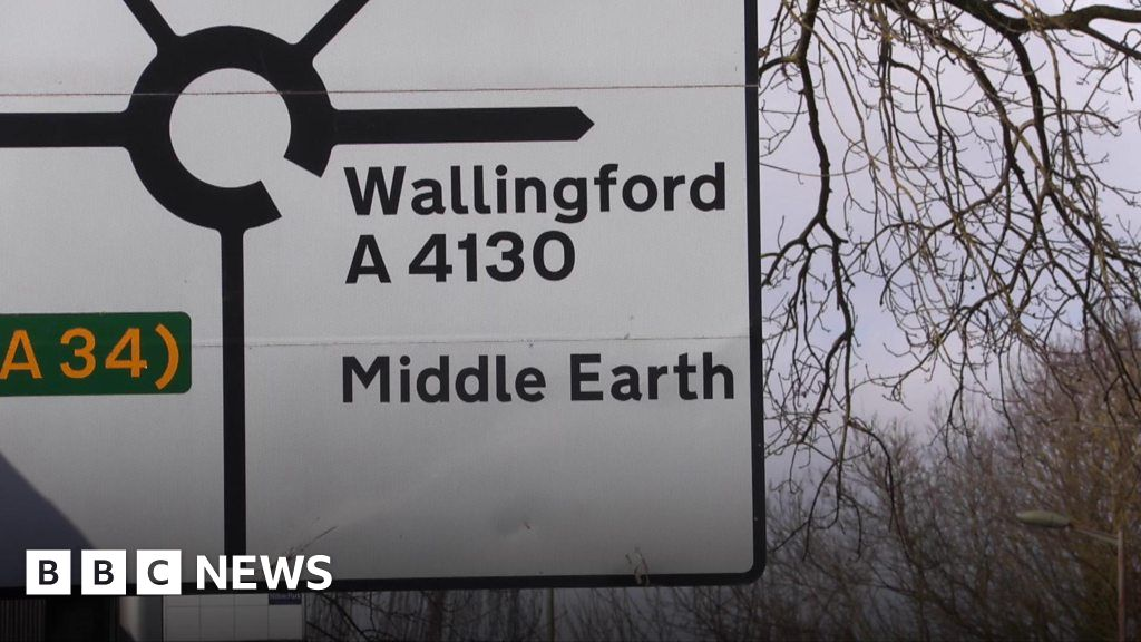 Signs in Didcot point to Narnia, Gotham City and Middle ...