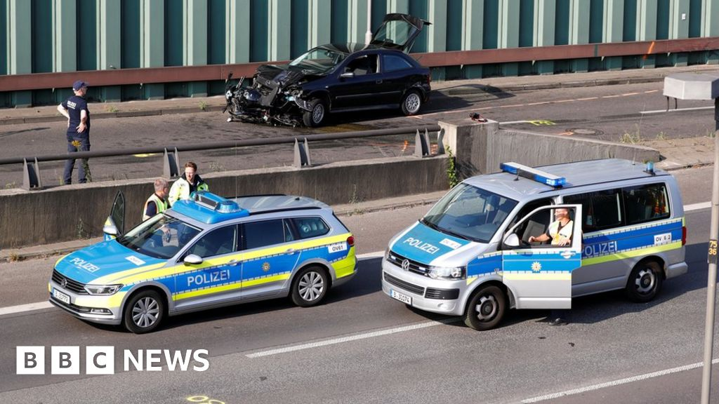 Berlin motorway crashes 'a possible terror attack'