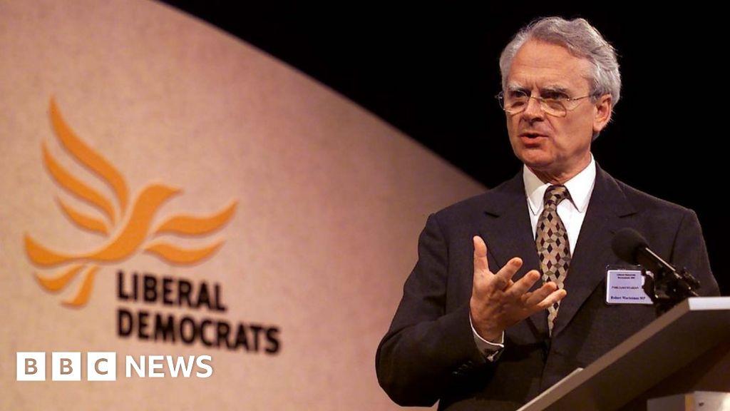 Mr Robert Maclennan: tributes to the former SDP leader and LibDem peer