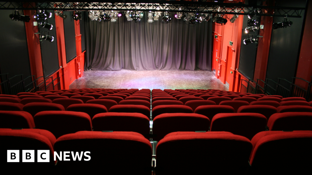 Derry theatre has unique plan to fill empty seats