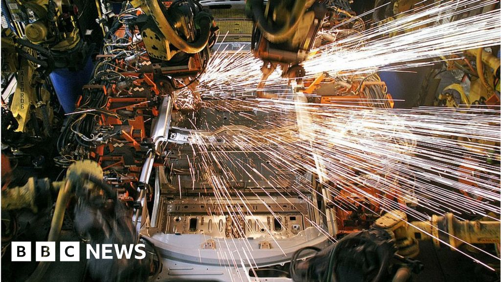 US jobs growth jumps in November