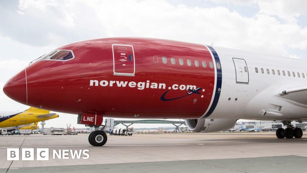 Norwegian cuts routes over 737 Max grounding