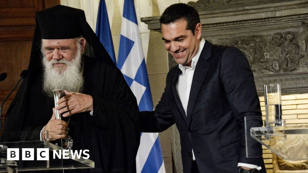 Greece to take 10,000 priests off payroll