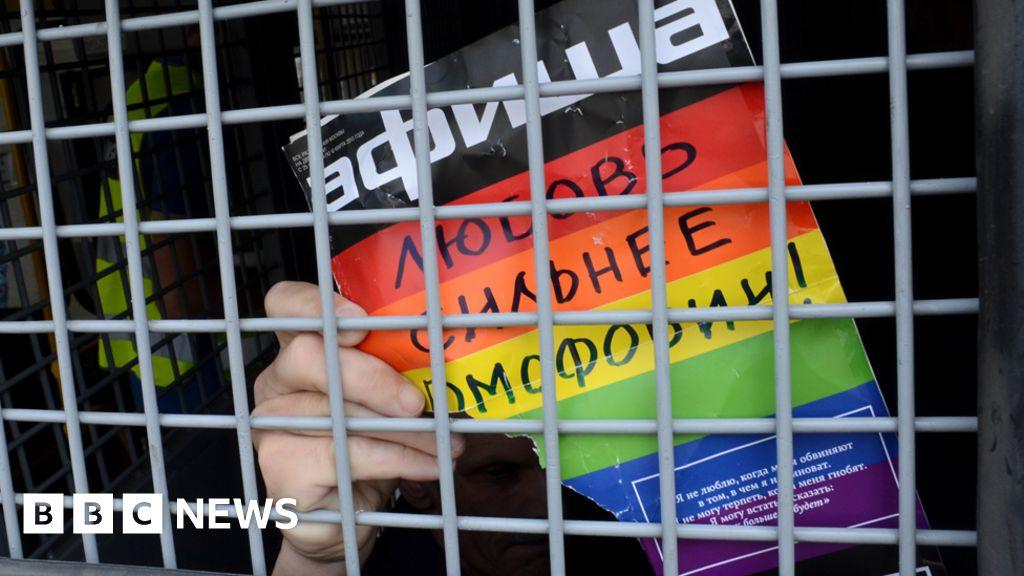 Utrikesminister fornekar homosex