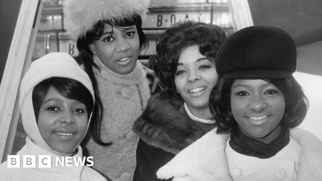 Barbara Alston: Singer with 1960s girl group The Crystals dies at 74