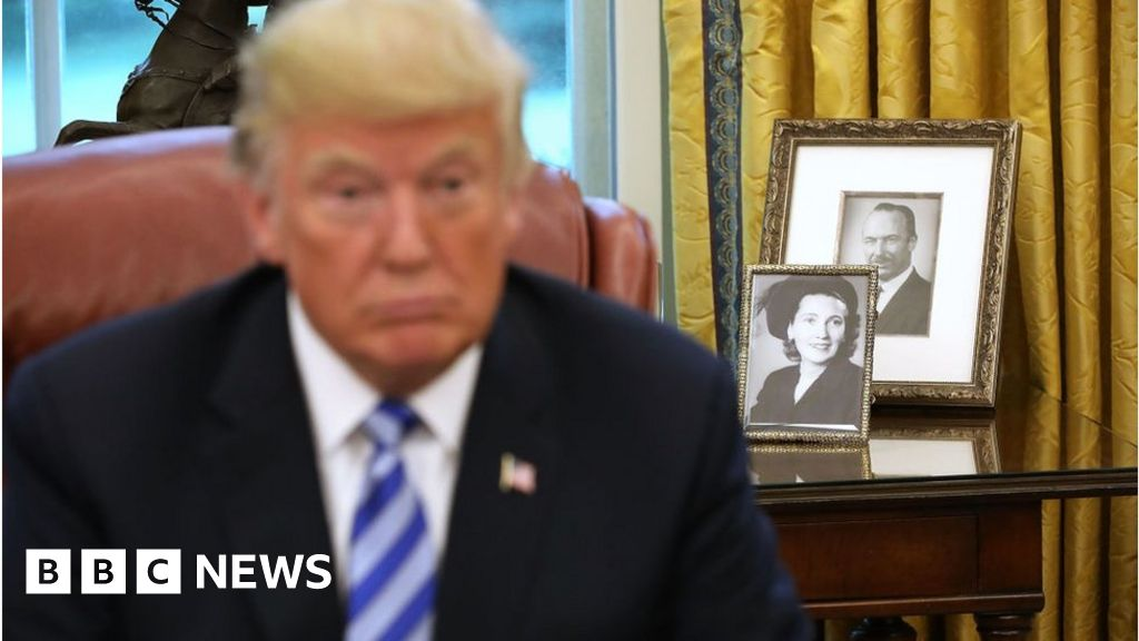 Five Shocking Passages In Mary Trump S Tell All Book Bbc News