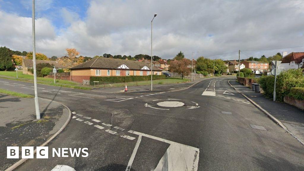High Wycombe: Murder arrest after man found dead in street