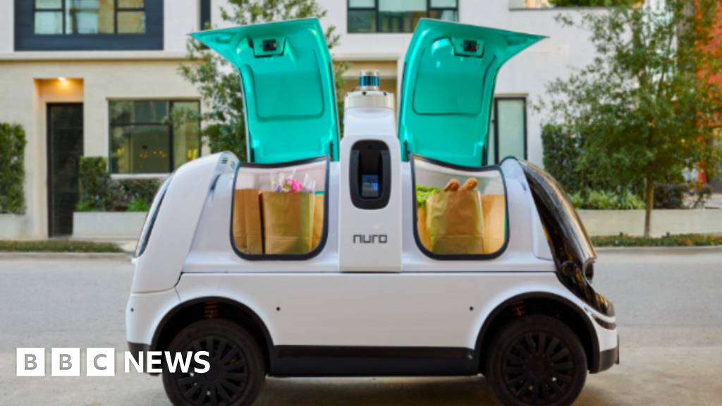 Delivery van with no 'human controls' tested in US