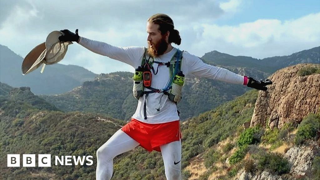 The pop star who walked across America