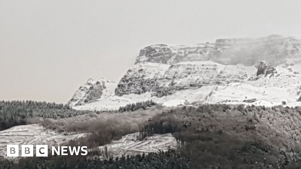 snow-travel-disruption-in-northern-ireland
