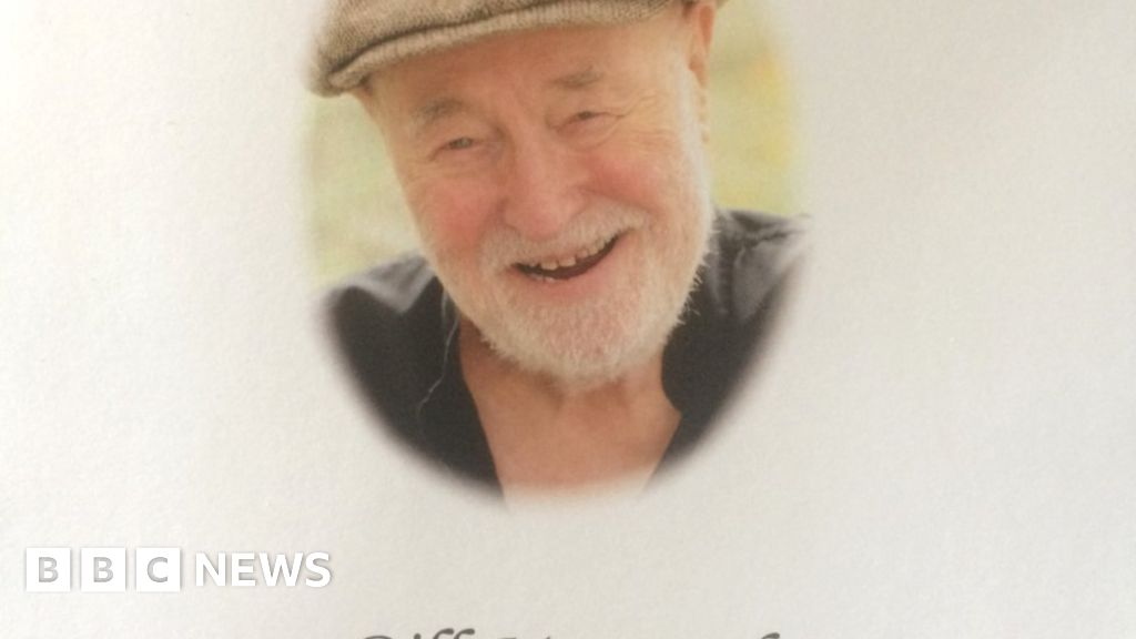 Heartbeat actor Bill Maynard's funeral held