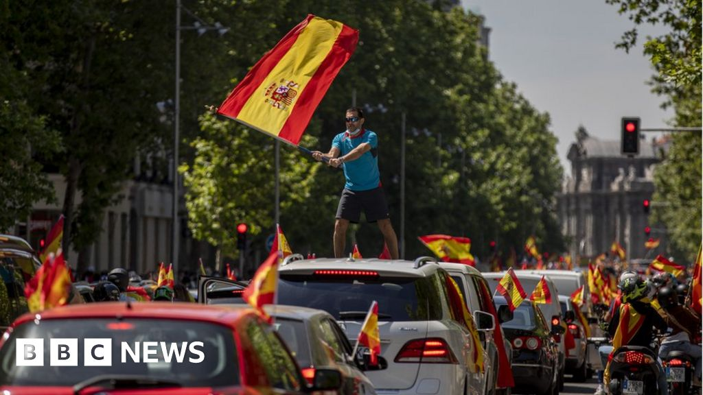 Spanish anti-lockdown car protest draws thousands