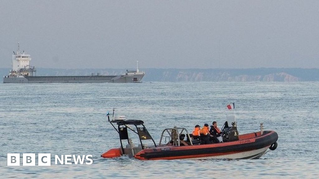 Channel migrants: Deaths should be 'a wake-up call' for those in power