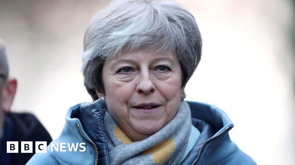 May to focus on backstop in Brexit 'plan B'
