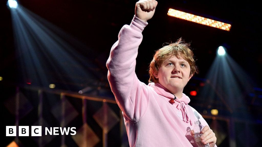 Lewis Capaldi named the UK s biggest-selling musicians-2019