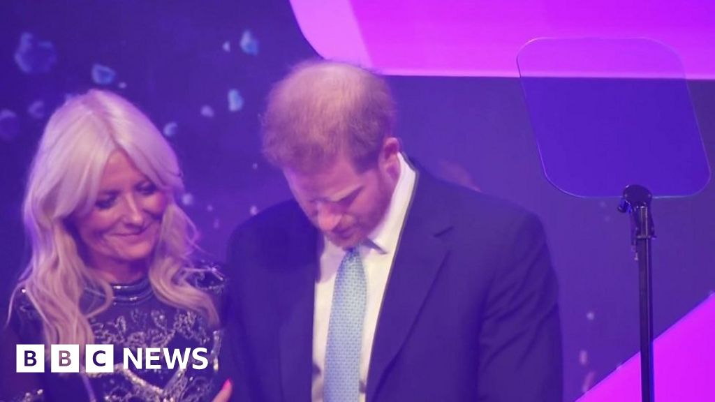 Prince Harry has an emotional moment during speech thumbnail