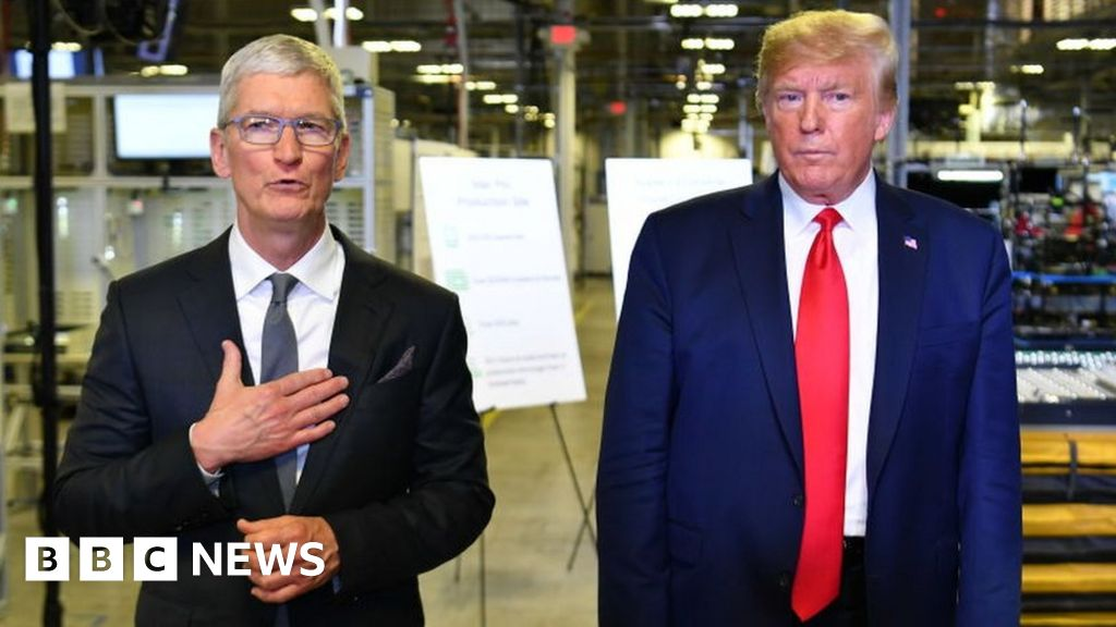 Trump launches fresh attack on apple over privacy thumbnail