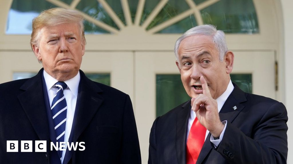 Netanyahu drops bid for immunity in corruption cases - bbc