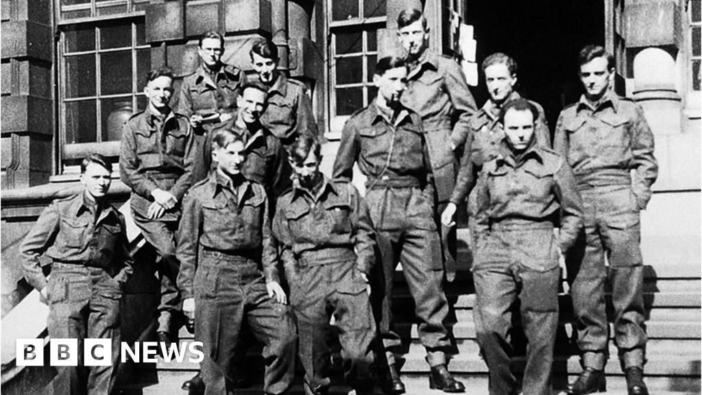 Belsen 1945: memories of the medical students save a life