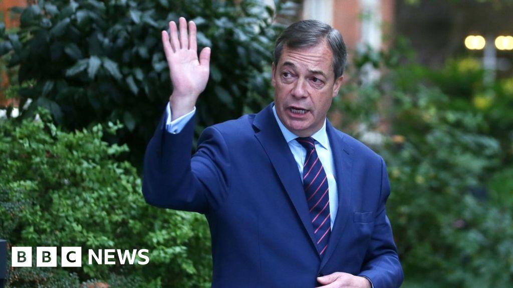 Former leader Nigel Farage quits UKIP