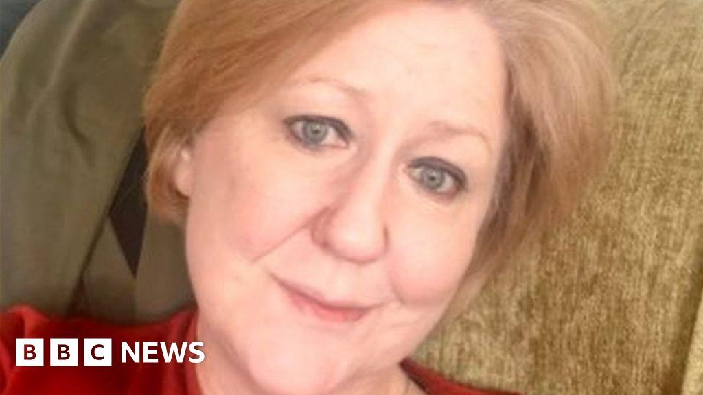 Coronavirus: London woman describes 'scary' isolation thumbnail
