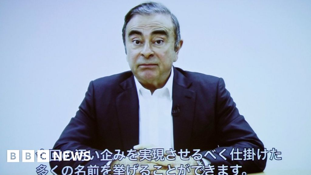 """Carlos Ghosn: Interpol issues """"red notice"""" for Nissan ex-chief arrested"""