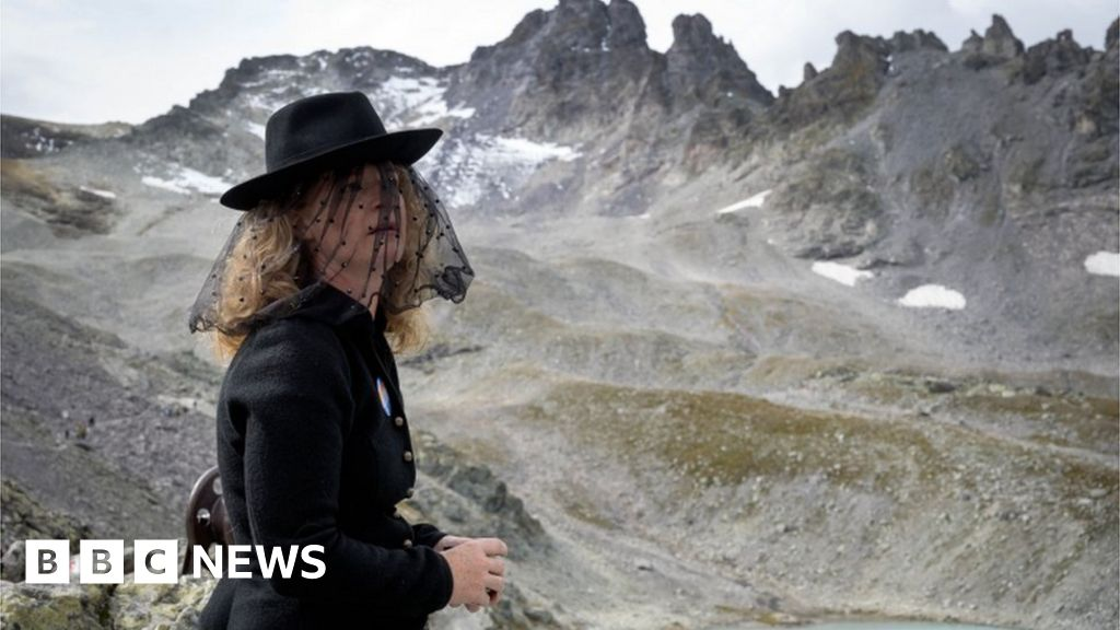 Swiss election: Why melting Alps could create a green wave thumbnail
