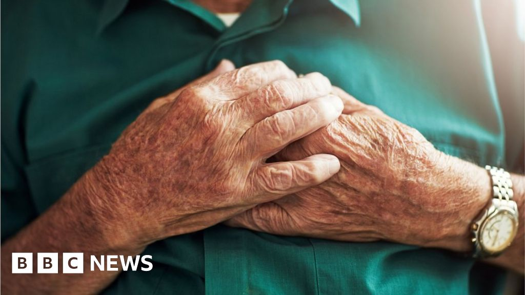Deaths at home: More than 26,000 extra this year, ONS finds