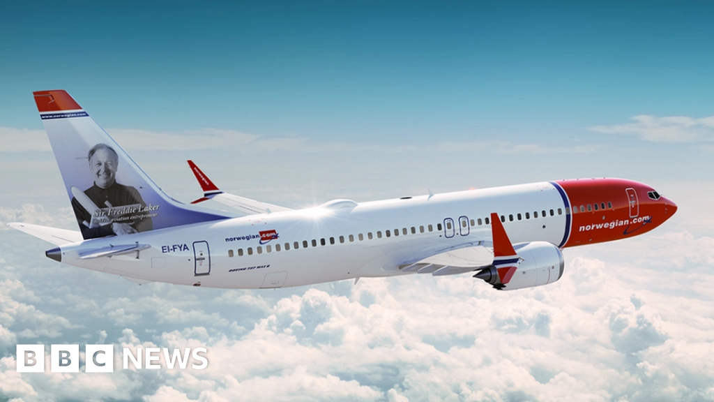 Norwegian cuts routes over 737 Max grounding - BBC News