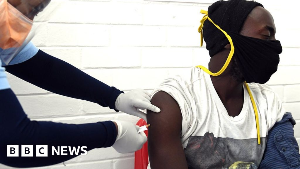 Hogging Covid vaccines endangers all nations, warns South Africa expert - BBC News