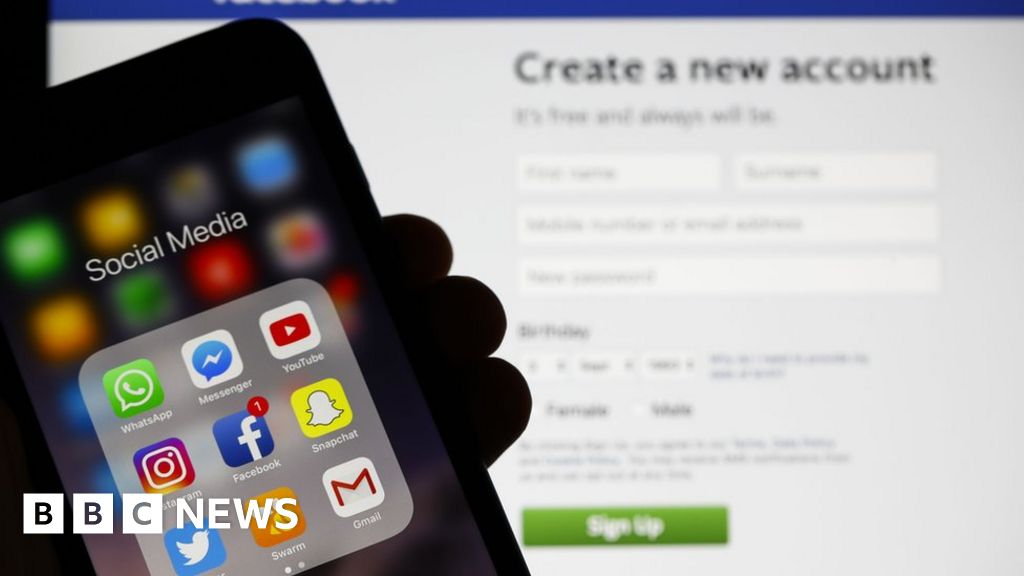 Social media moderators asked to sign PTSD forms