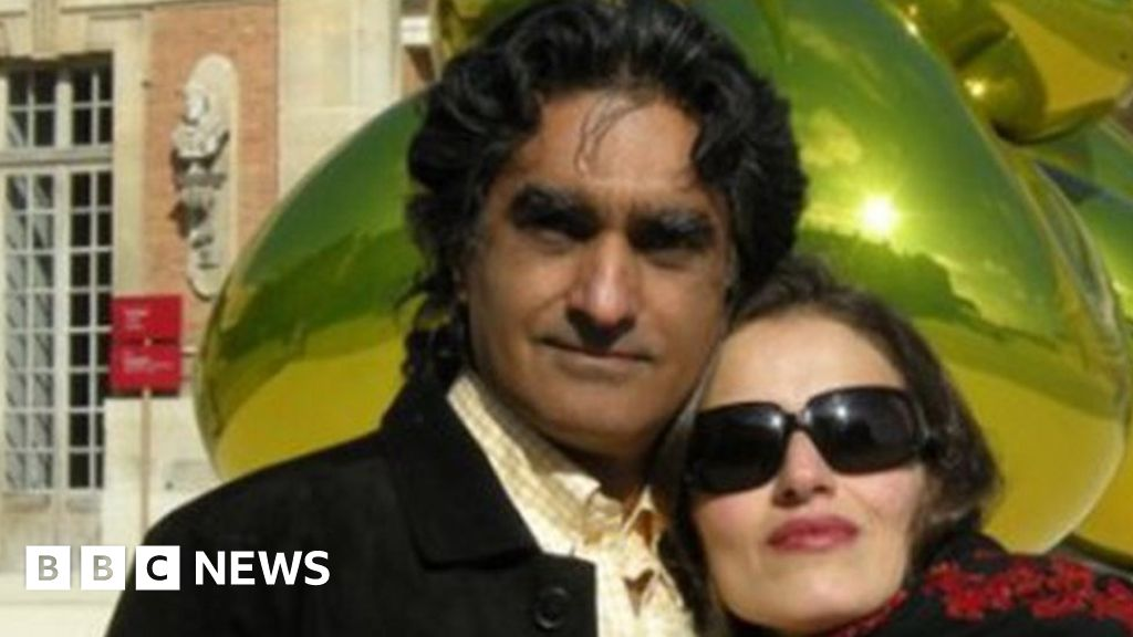 Iran 'jails Iranian-American gallery owner and wife' - BBC News