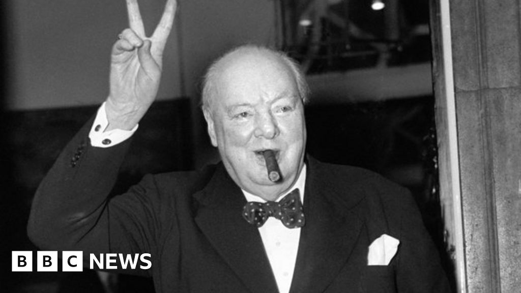 Winston Churchill's inspiring wartime speeches in Parliament thumbnail
