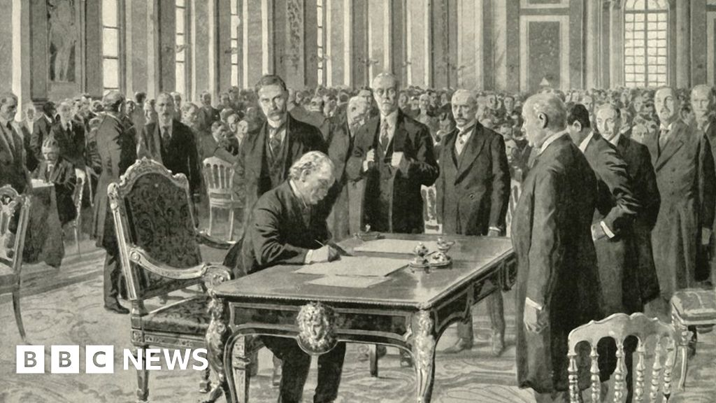 The Treaty of Versailles' impact on the Welsh coal economy - BBC News