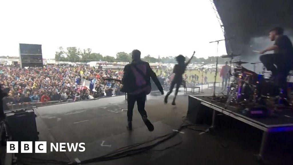 Mosh pits and no masks at Download Festival pilot