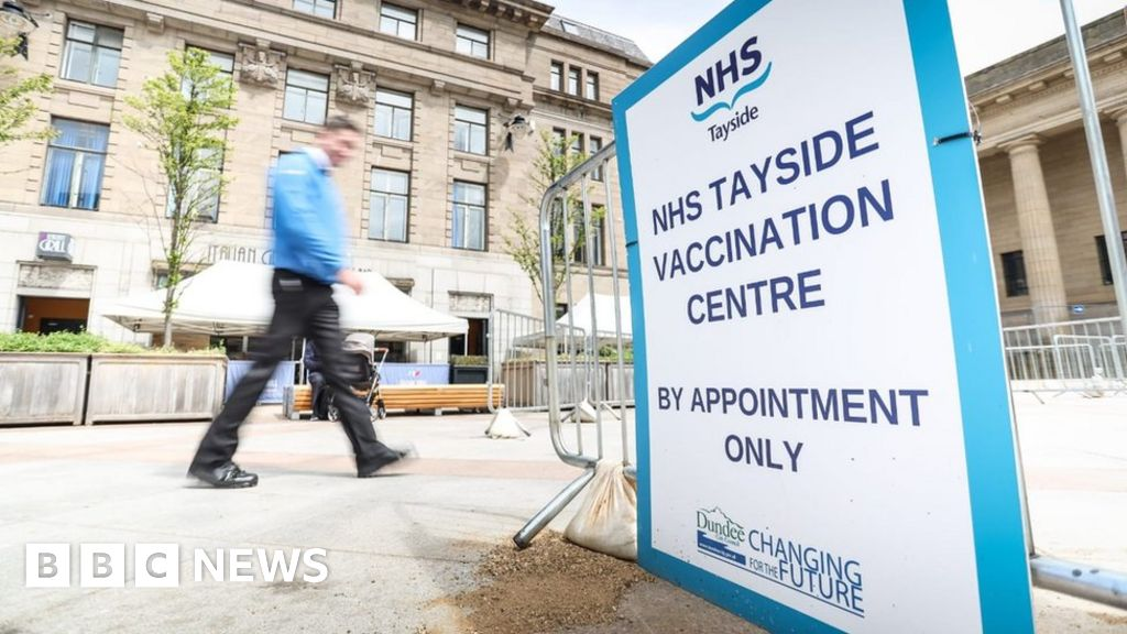 Covid in Scotland: Tayside warning over young patients in intensive care