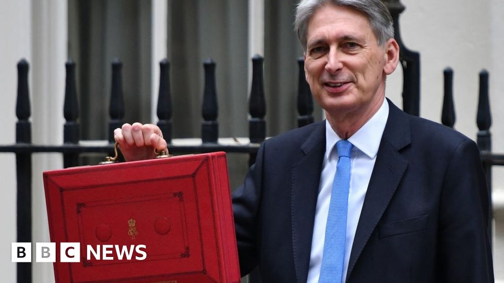Government borrowing jumps to £6.8bn in August