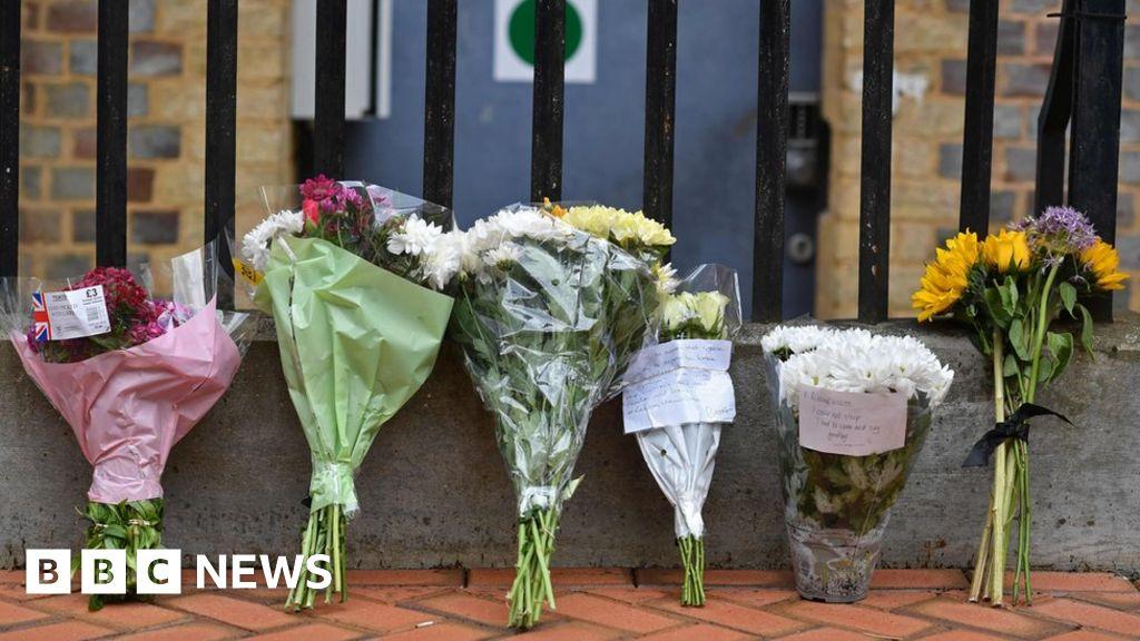 Read stabbings paid the Tribute to teachers James Furlong