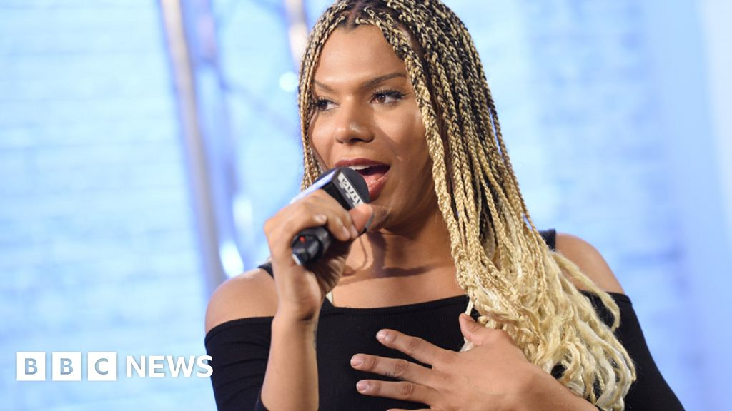 Munroe Bergdorf: model joins back to L oreal after racism row