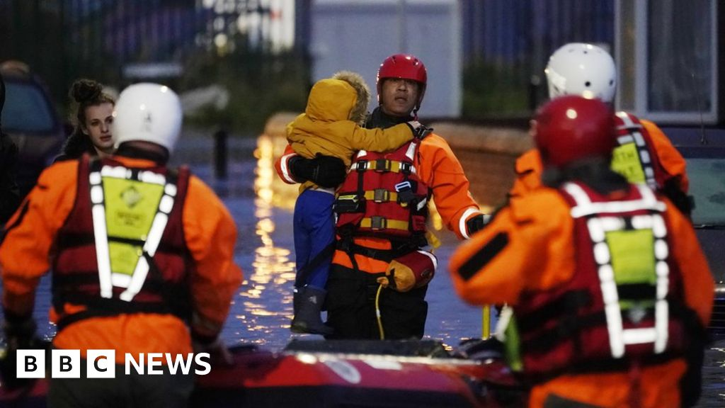 General election 2019: Have flood and fire services been cut by the Conservatives?