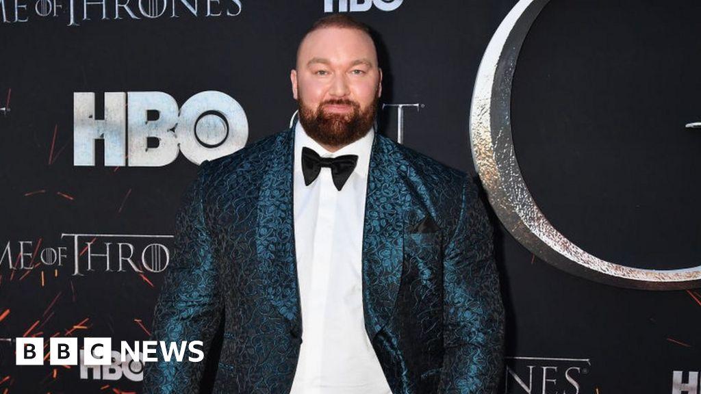 Game of Thrones actor breaks deadlift record thumbnail